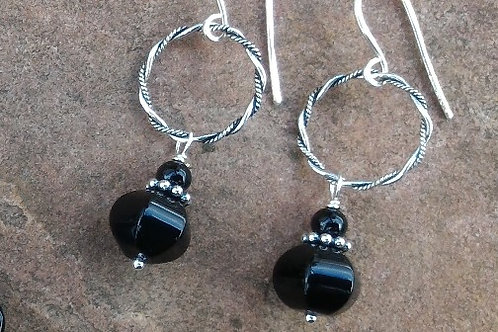 Onyx on a Twisted Ring Earrings