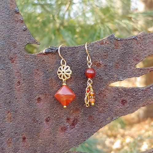 Short Carnelian Golden Sister Earrings