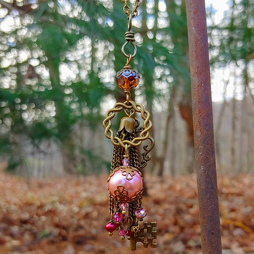 Vyntage Pink Pop Bauble Necklace