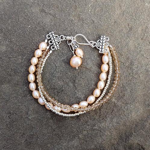 Sweet Cream Pearls Triple