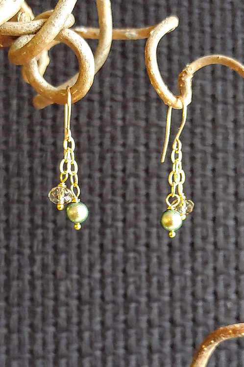 Green Glow Short Earrings