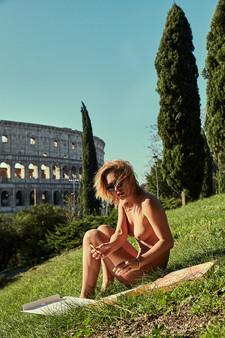 XO9A1517-Enki-Eyewear-Marisa-Papen-Rome-