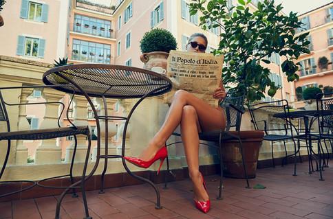 XO9A1384-Enki-Eyewear-Marisa-Papen-Rome-