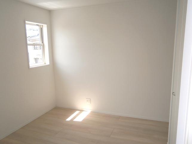 2階 洋室5帖