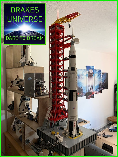The Apollo Saturn V Rocket and Launch Tower Model Set 5570 Pieces