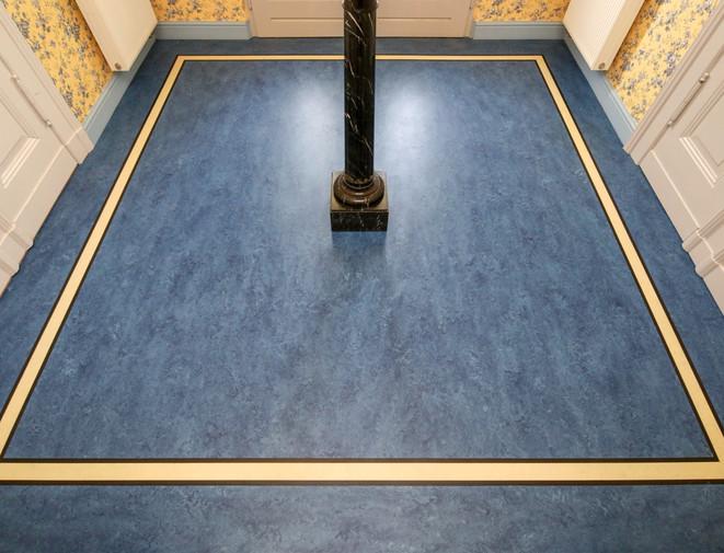 blauer Linoleum
