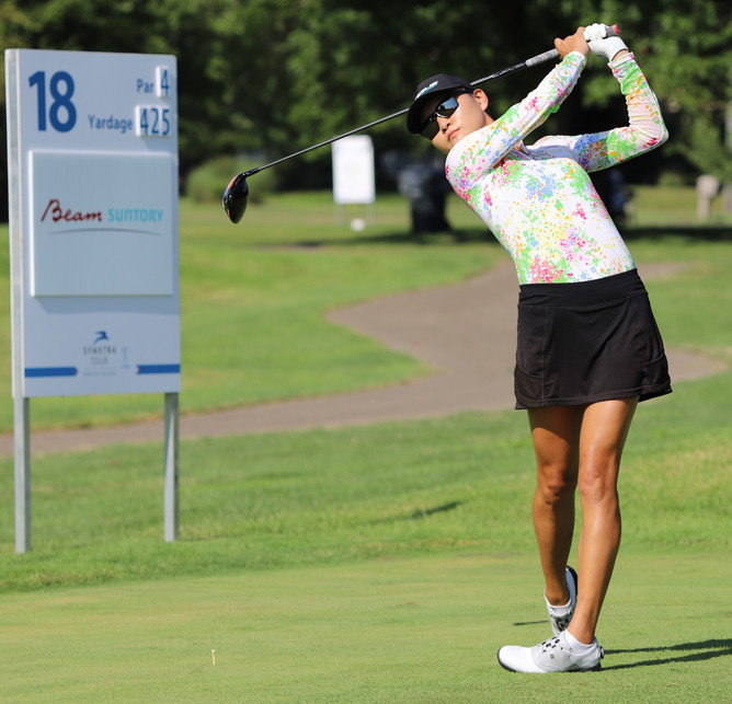 Ji Eun Baik (JB) Leading the Symetra Tour event