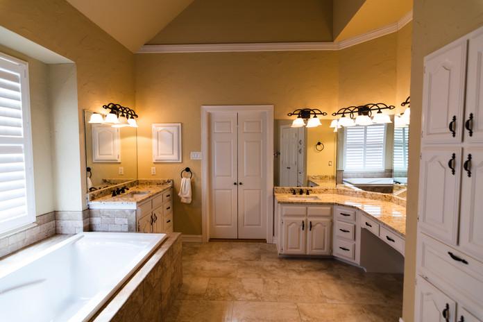 Bathroom Remodel Travertino Tile