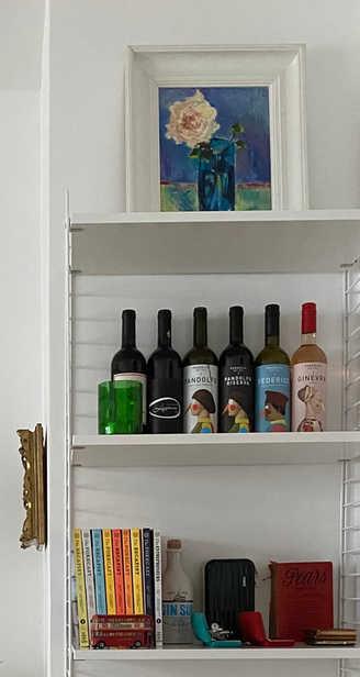 Wein und Kunst passen immer gut zusammen!  Wine and art always go well together!