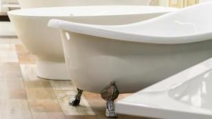 Bathtub Refinishing vs Bathtub Liners
