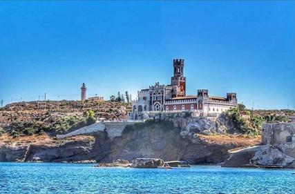 Castello del mare.
