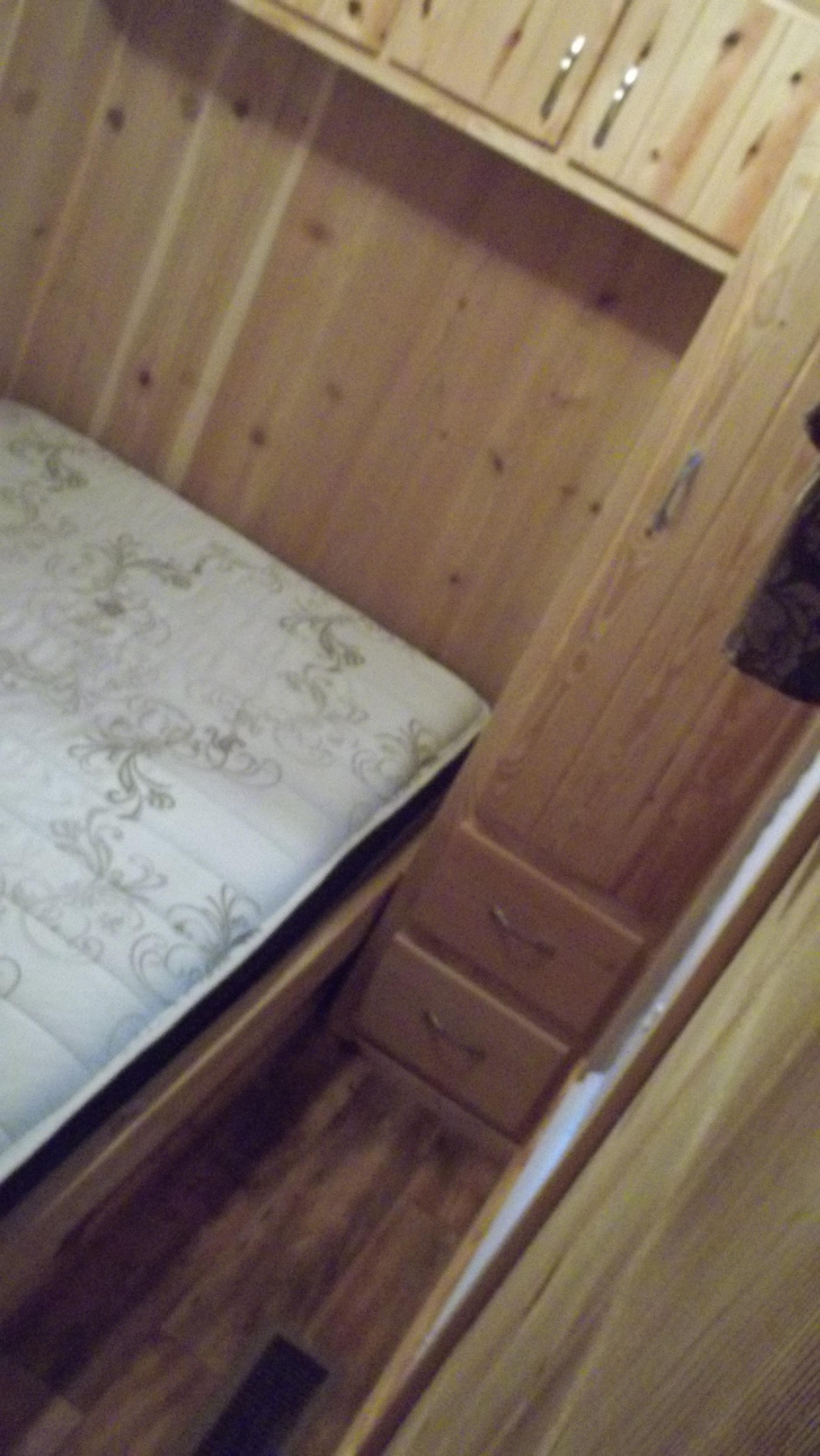 P4bedroom2