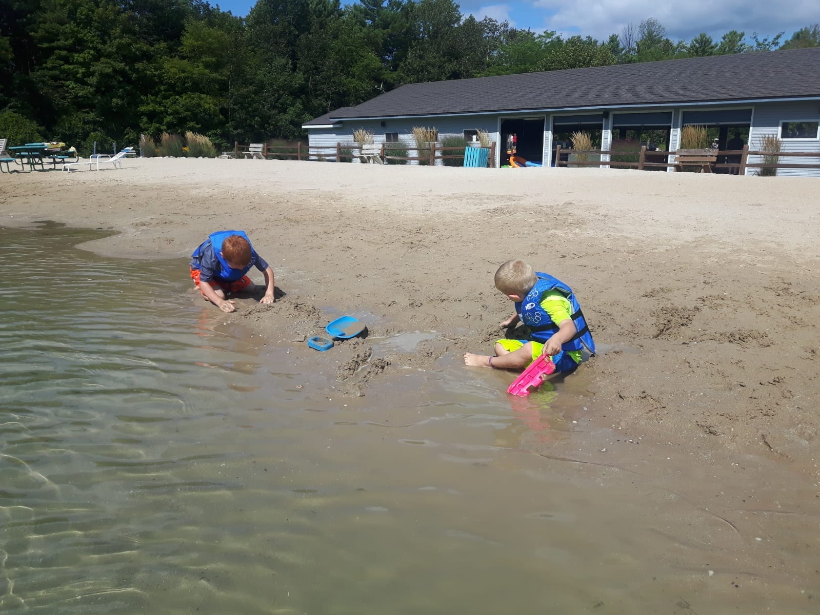 Kids enjoying the beach 2019