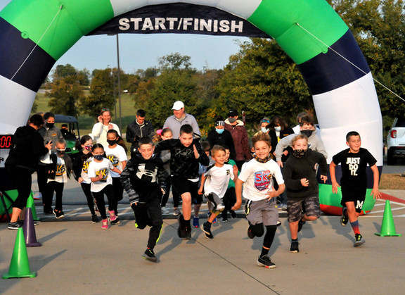Denison community embraces DISD 5K for Kindness