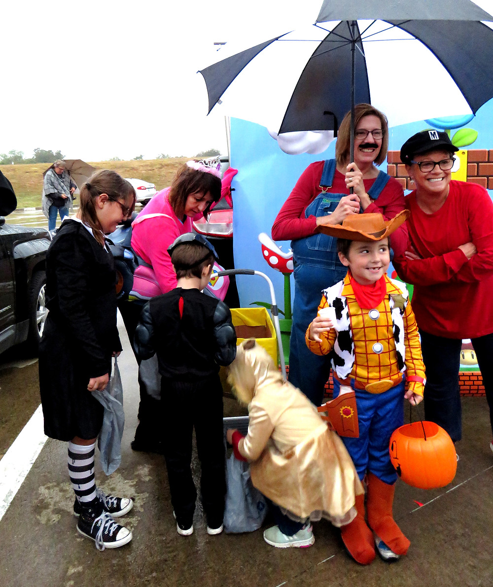 Terrell Elementary teachers and student enjoy the annual fall festival