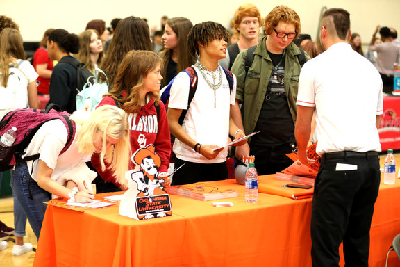 DHS College Fair attracts record crowds