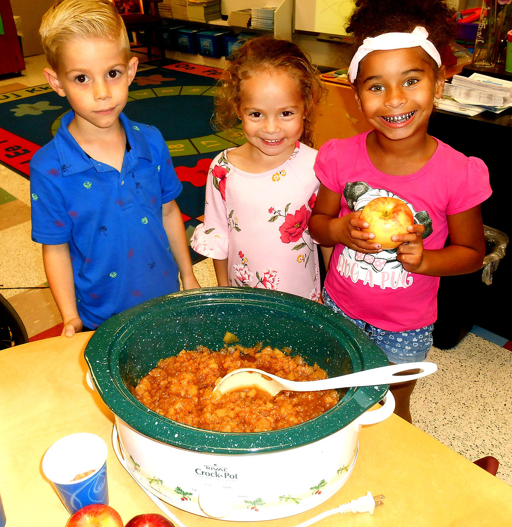 Terrell students learn about apples and make homemade applesauce in a crock pot