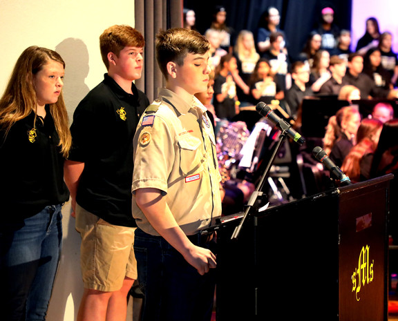 SMS students honor local Veterans