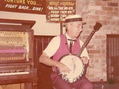 Shakey's banjo player.jpg