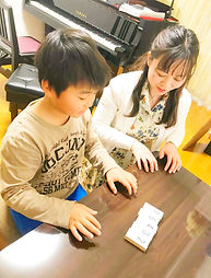 幼児・小学生の導入レッスンからコンクール、音高・音大受験対策まで。