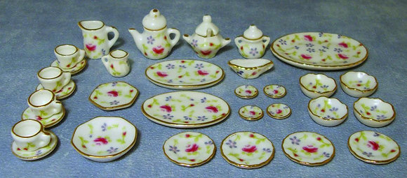 CHINA TABLE WARE SET 33 PIECE