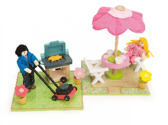 PATIO AND BBQ SET
