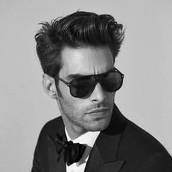 flipped-up-wavy-mens-classy-hairstyle-id