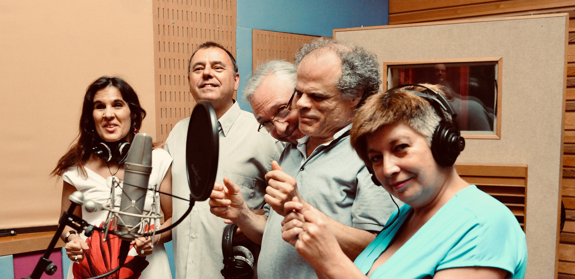 Loly Ayuma ı Valentín Iturat ı Richie Ferrer ı José Corchete ı Irene Albar