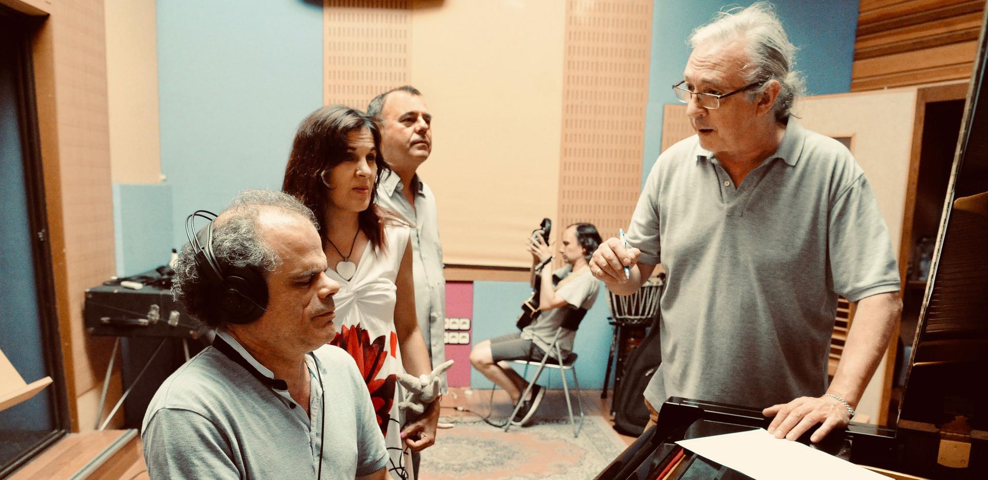 José Corchete ı Loly Ayuma ı Valentín Iturat ı René Benedo ı Richie Ferrer