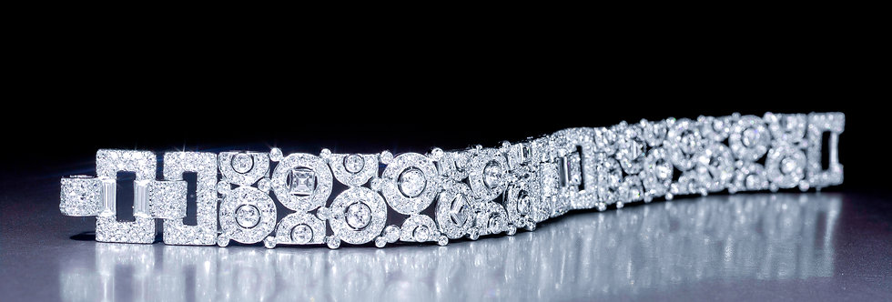 A magnificent Art Deco diamond bracelet by Cartier