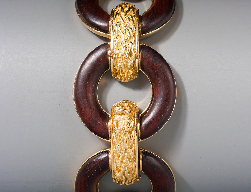 A pretty 18 karat gold and noble wood bracelet by Ulmer & Cie