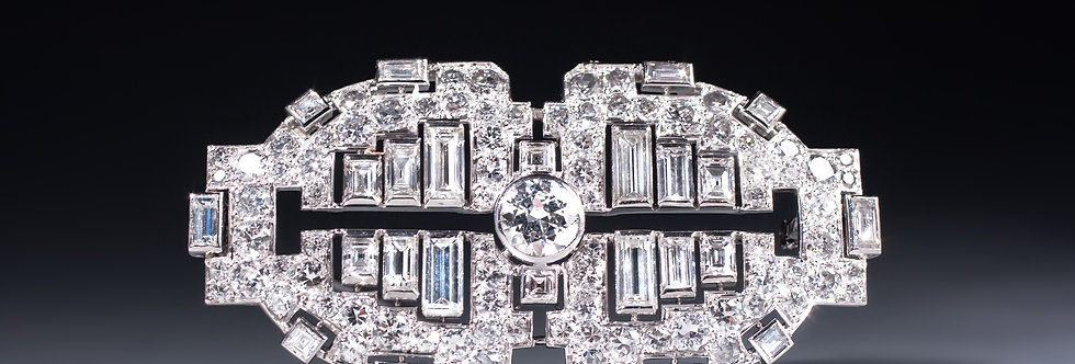 A stunning Art Deco platinum and diamond plaque brooch