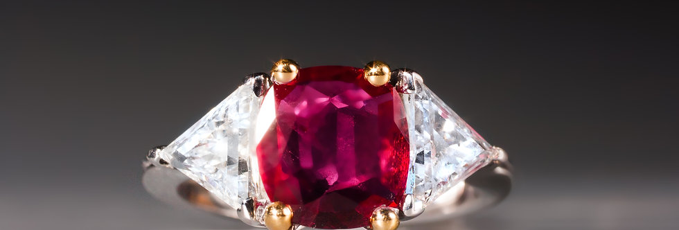 A very fine ruby and diamond ring