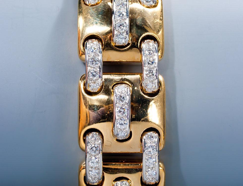 A funky diamond bracelet by Montreaux