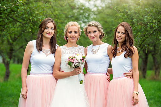 bigstock-Bride-with-bridesmaids-11397587