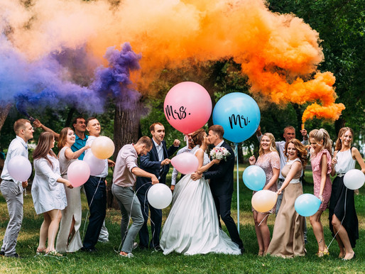 Who to have in your wedding party?