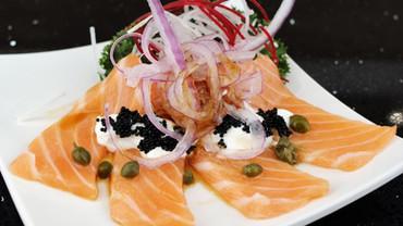 Salmon carpaccio.JPG