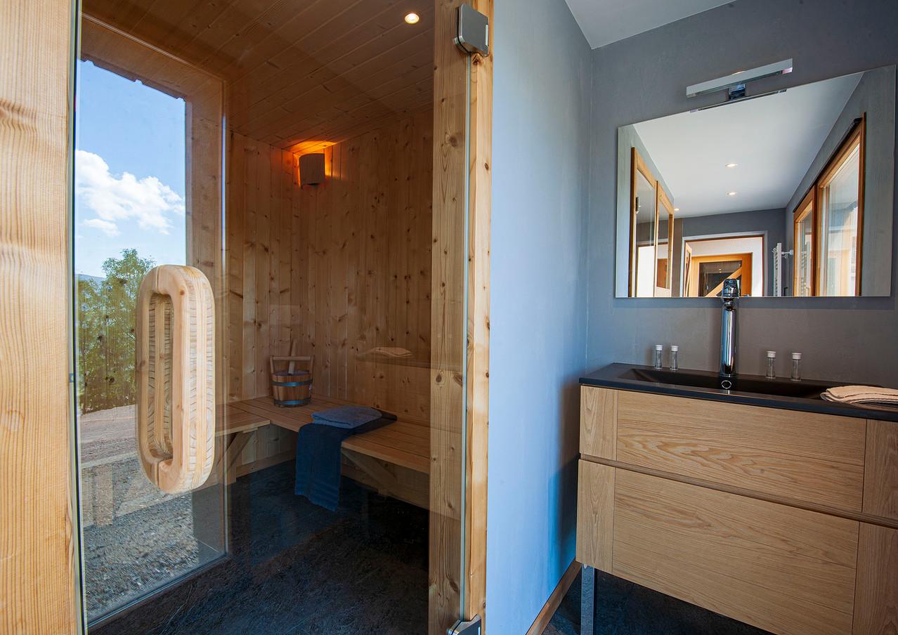 Inuï-Sauna-05.jpg