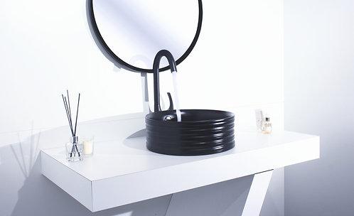 כיור שחור עגול בעיצוב מודרני