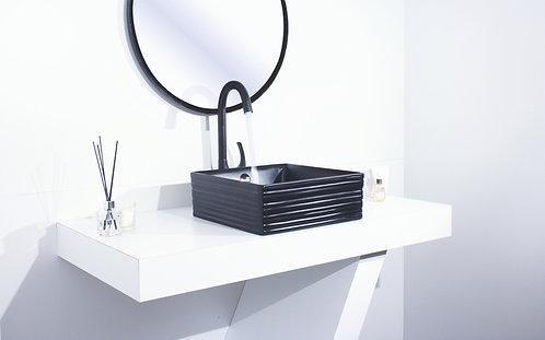 כיור שחור ריבוע בעיצוב מודרני
