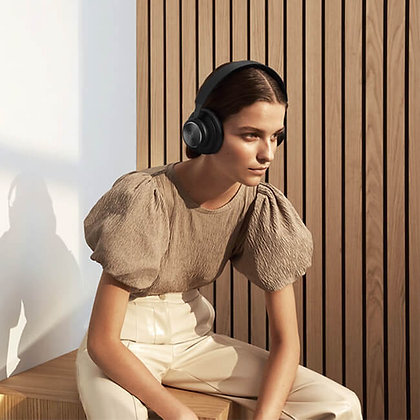 Beoplay H4 New Gen