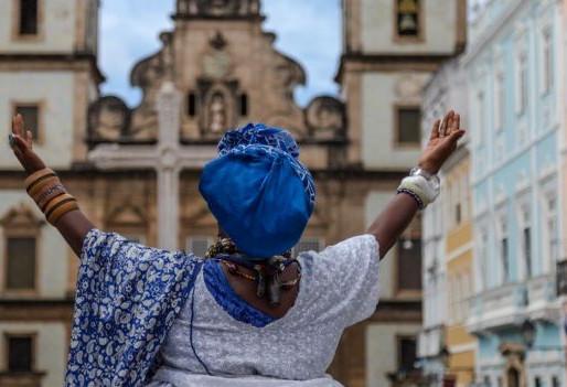 Mostra celebra baianas de acarajé