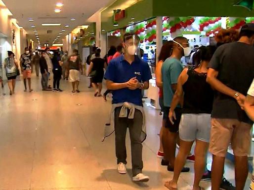 Lojas, shoppings e bares têm horário de funcionamento ampliado