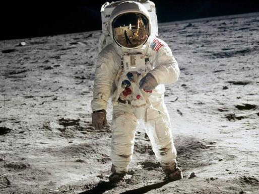Há 50 anos o homem pisava na Lua