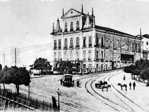 Obras podem ter revelado estrutura de antigo teatro