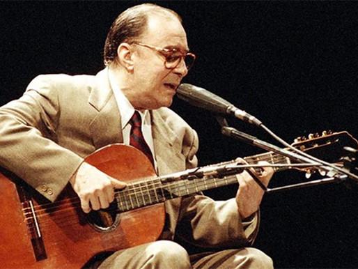 João Gilberto, pai da Bossa Nova, morre aos 88 anos de idade