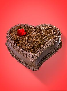 A imagem exibe uma foto de um bolo de sorvete em formato de coração