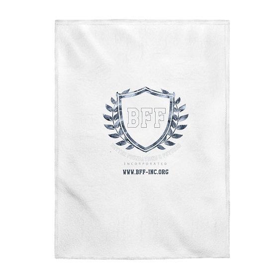 BF&F, Inc. Velveteen Plush Blanket (White)