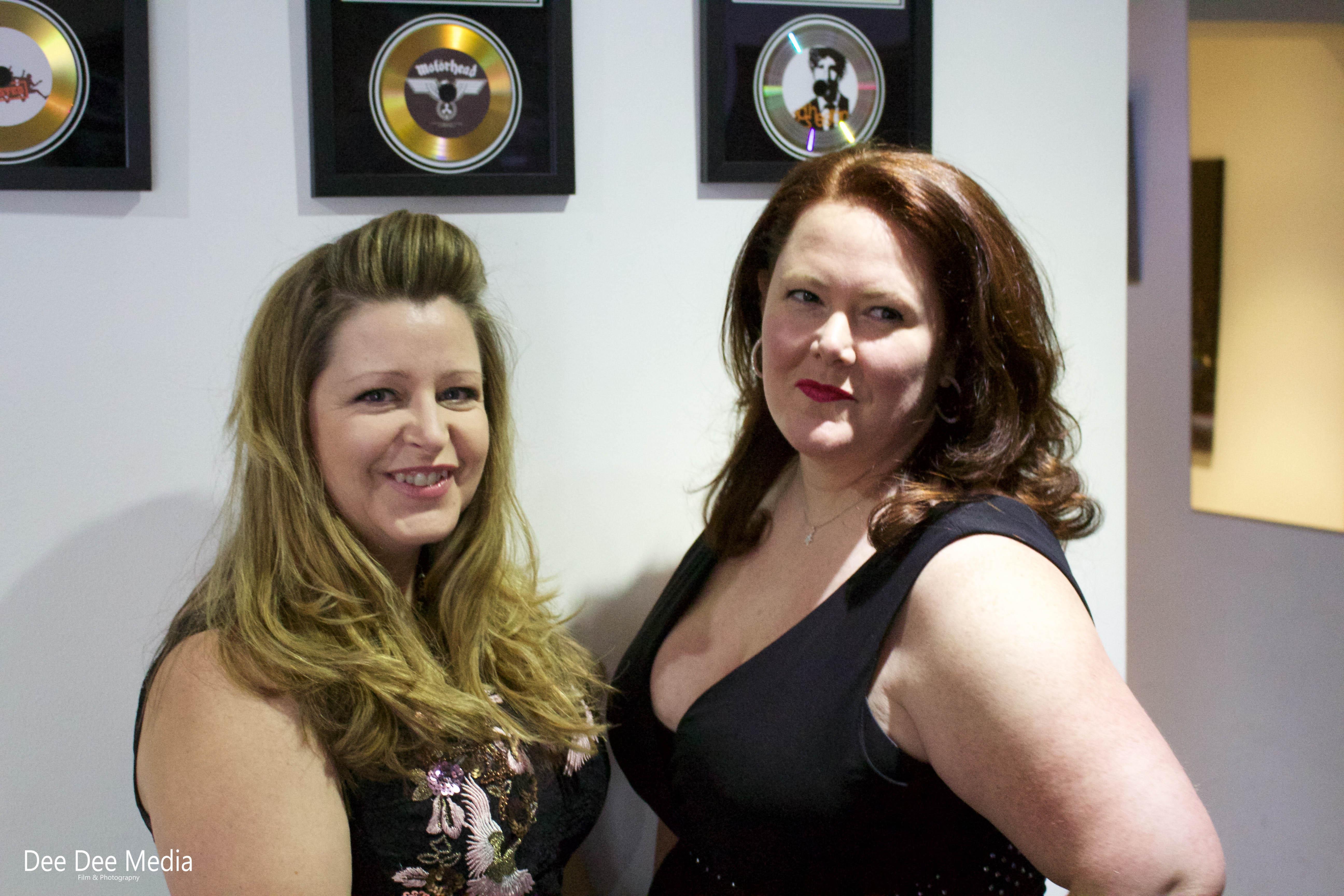 Female Vocalist's