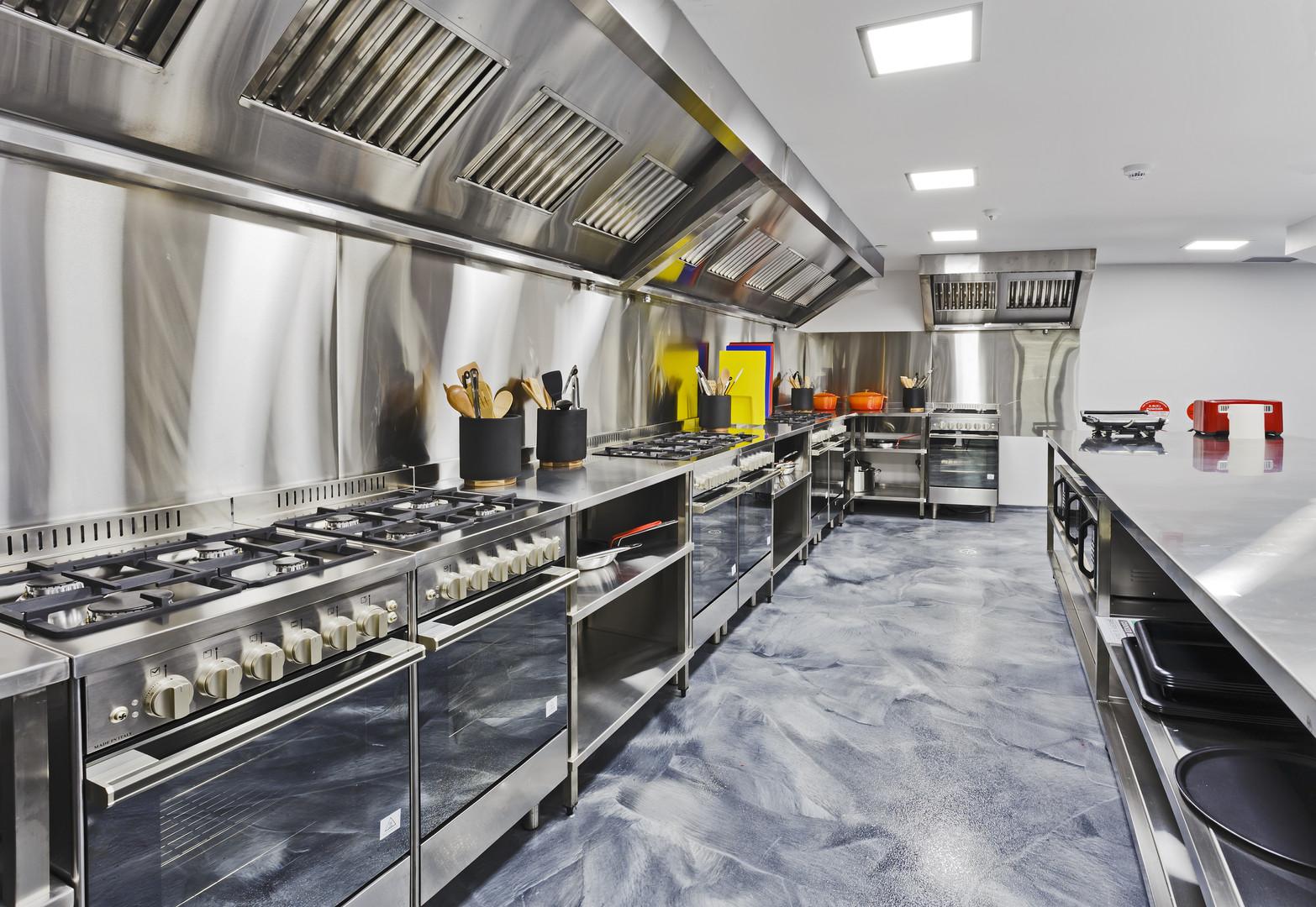 Modern shiny kitchen with stainless stil